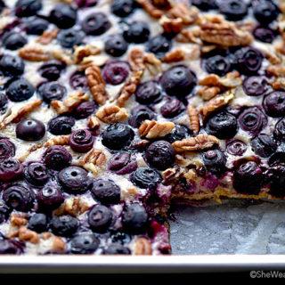 Oatmeal Lemon Blueberry Bars Recipe | shewearsmanyhats.com