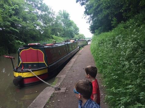 canal_boat_hatton_locks