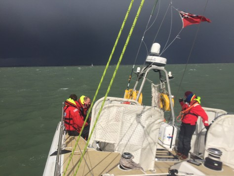 storm_horizon_clipper_race_aground