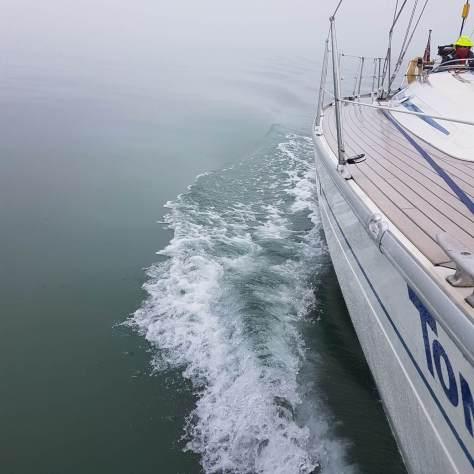calm_water_sailing