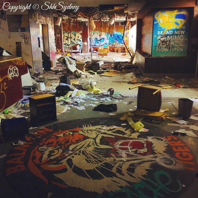 reception room gloom