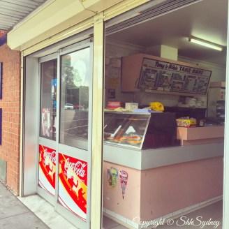 Warragamba rad retro shops - Niki & Toni's Takeaway