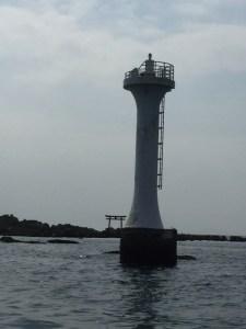 裕次郎灯台、森戸神社