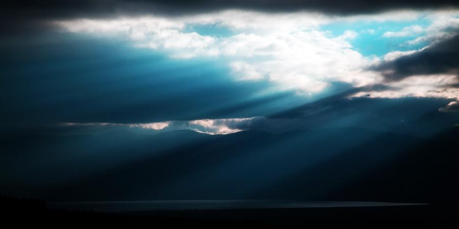 Небо над озером Преспа, Македония