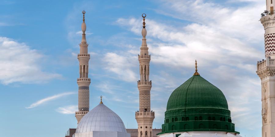 Зелёный купол и минареты Мечети Пророка, Медина, Саудовская Аравия