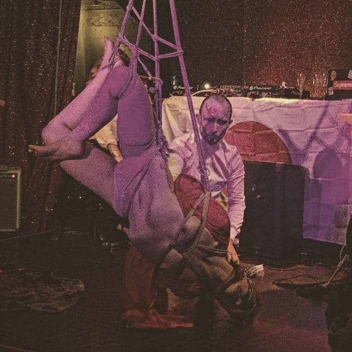 Performance Shibari et Kinbaku / Carroussel de Paris