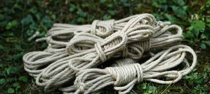 Les cordes de shibari en chanvre synthétique arrivent !