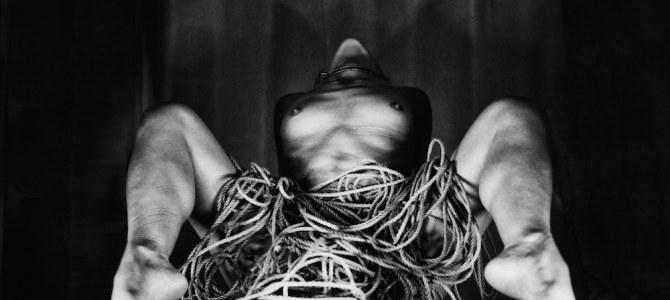 Les cordes de shibari et Malice Kinbaku