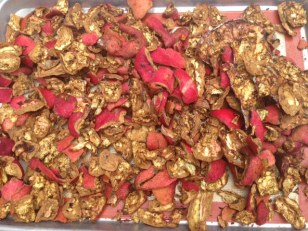 Pomegranate peels for the dyepot