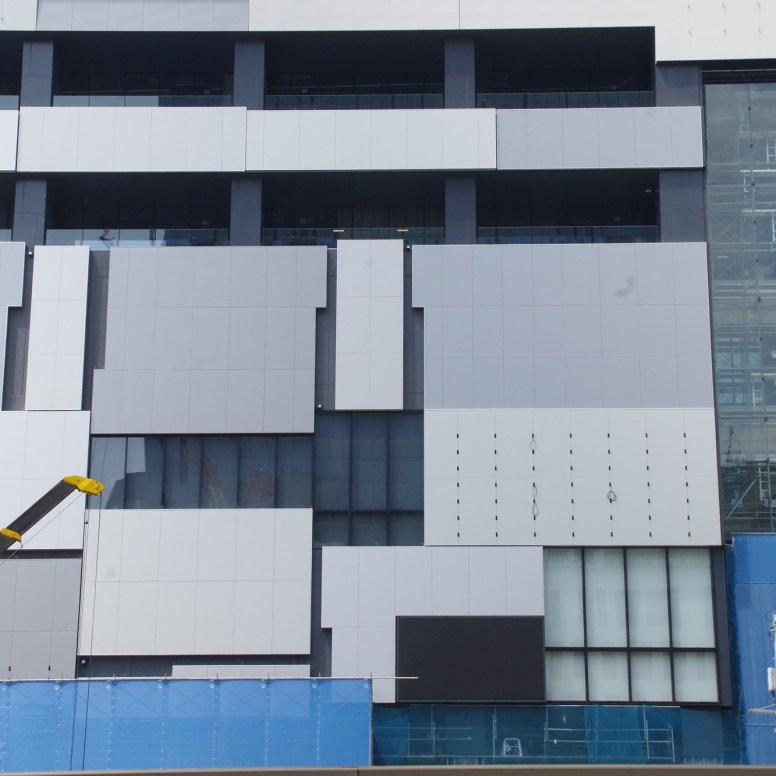 渋谷FUKURAS壁面
