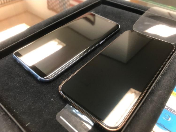 iPhoneXSとギャラクシーをガラスコーティング
