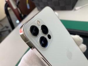 iPhone12Proカメラ部分ガラスコーティング