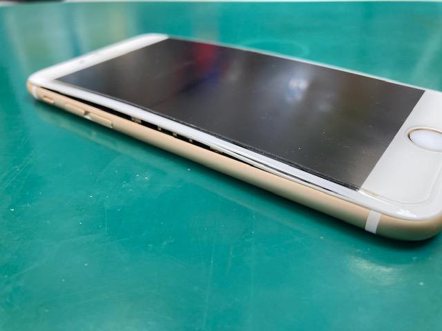 iPhone6バッテリーの膨張