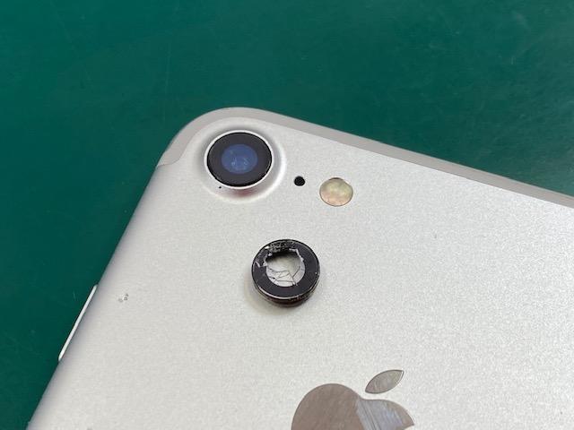 iPhone7カメラレンズ交換修理