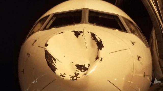 UFO ile çarpışan uçak!