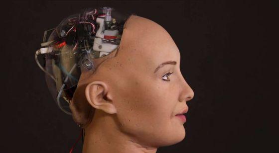 İşte ilk robot vatandaş Sophia!