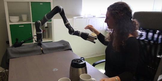 Robotları eğitmek
