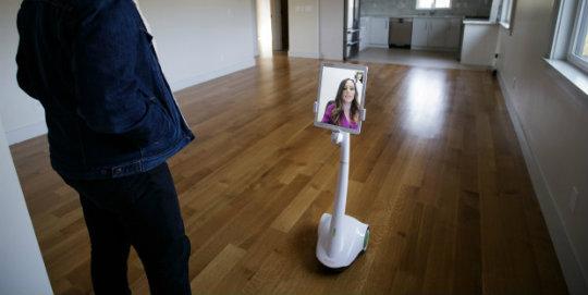 Emlakçı robot