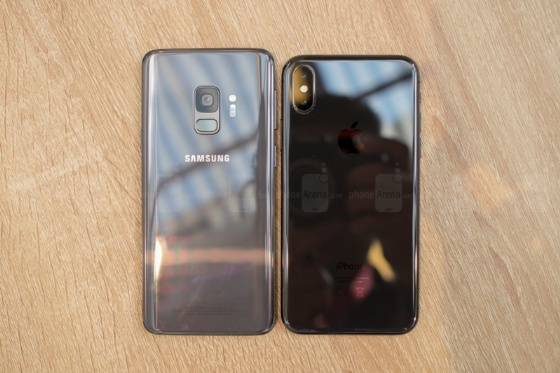 Galayx S9 ve iPhone X
