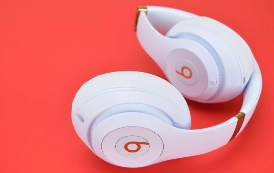 En iyi kafa üstü kablosuz kulaklık modelleri