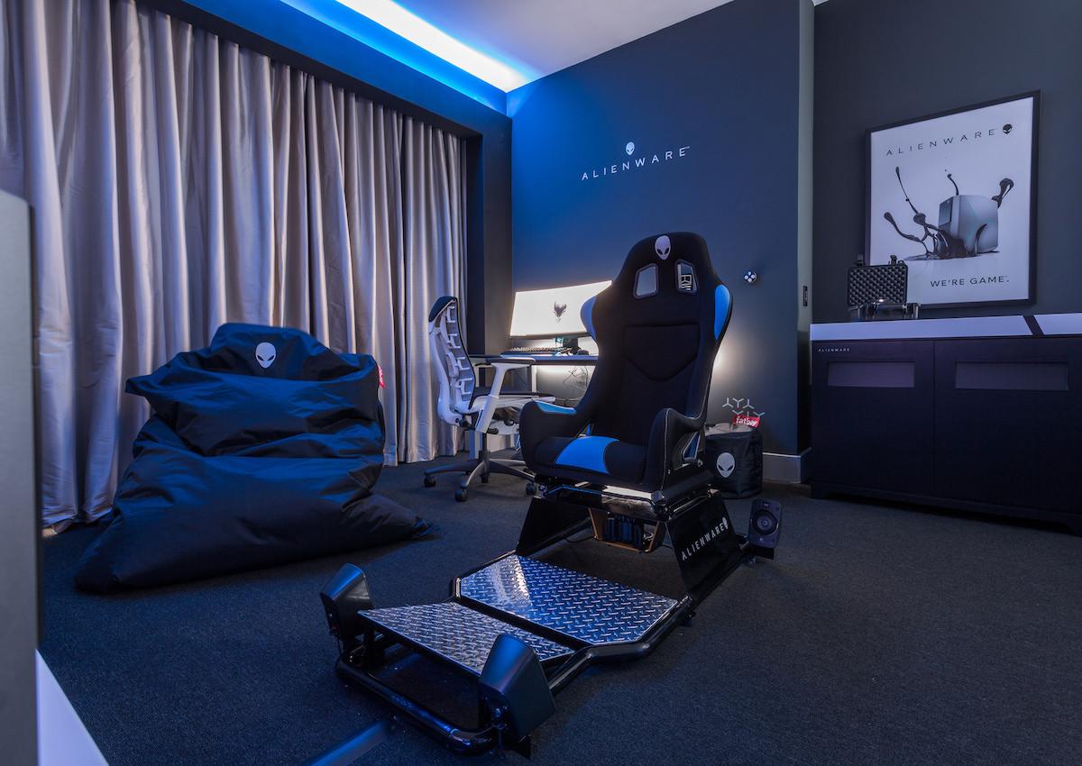 Alienware suit otel odası