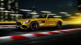 2019 Mercedes-AMG GT S Roadster iddialı geliyor!