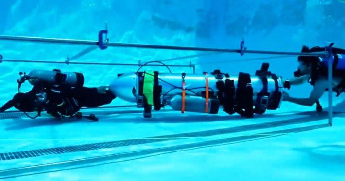Elon Musk mini denizaltı