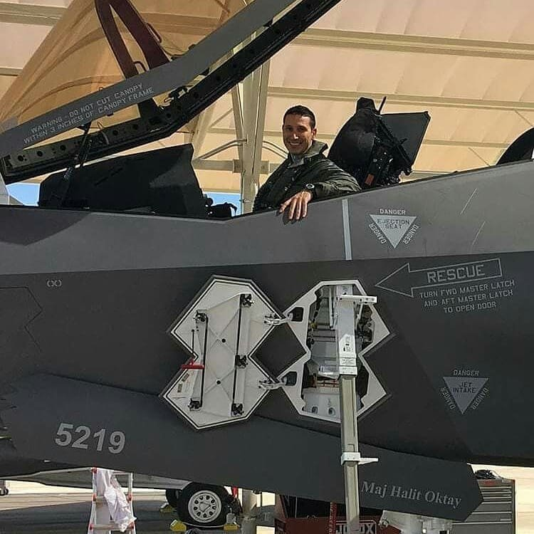 İlk Türk F-35 pilotu Halil Oktay