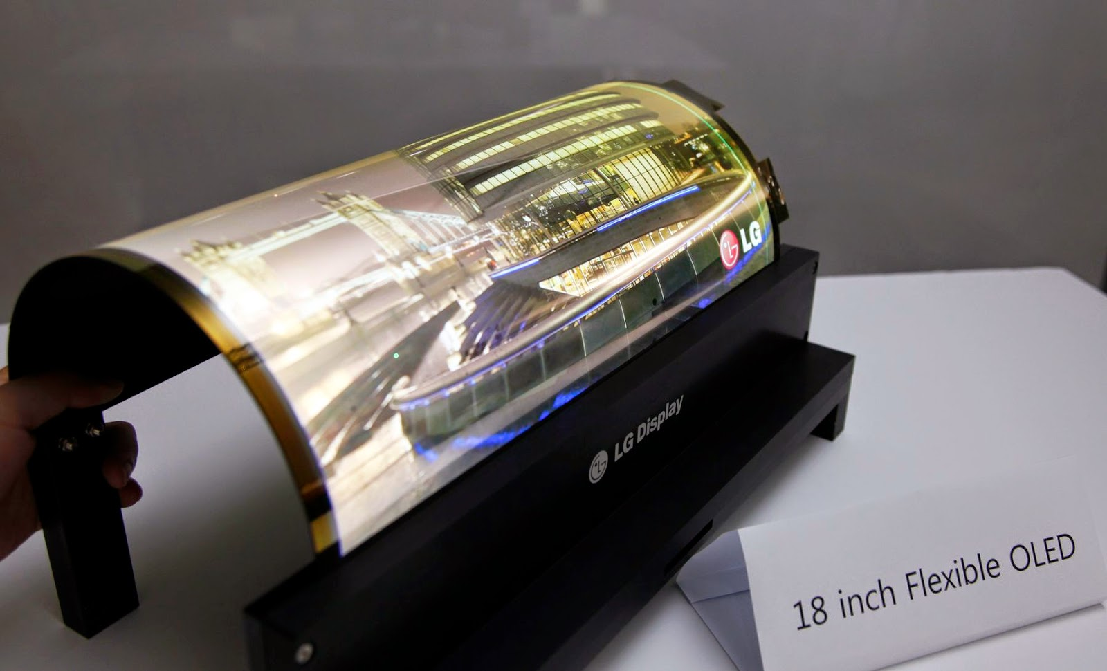 Lenovo katlanabilir tablet! - SDN-1