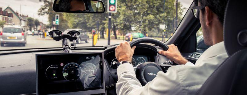 jaguar trafik ışığı 4