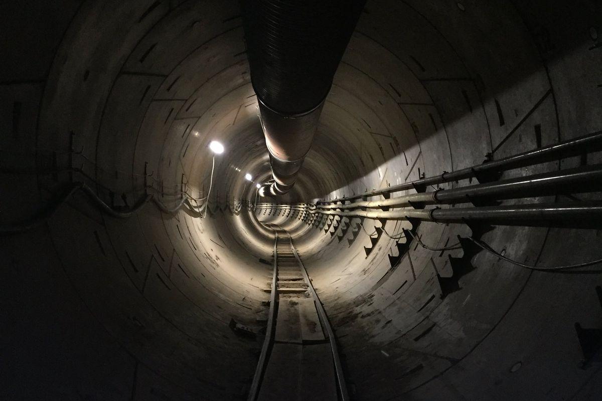 Elon Musk yeraltı tünelleri