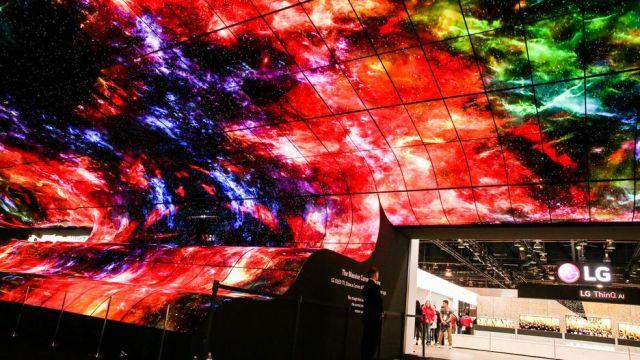 LG bükülebilir ekran CES 2019