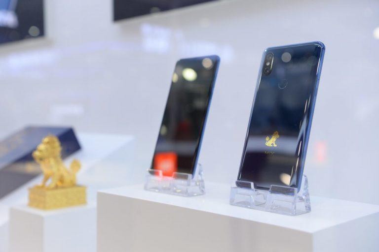 Snapdragon 855 işlemcili Xiaomi Mi Mix 3