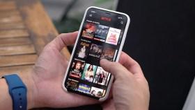 Netflix'ten uygun fiyatlı mobil paket müjdesi!
