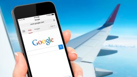 Uçakta internete bağlandığına pişman oldu!