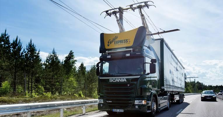 Almanya ilk elektrikli karayolu testine başladı