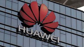 Huawei, Samsung mağazasını trolledi!