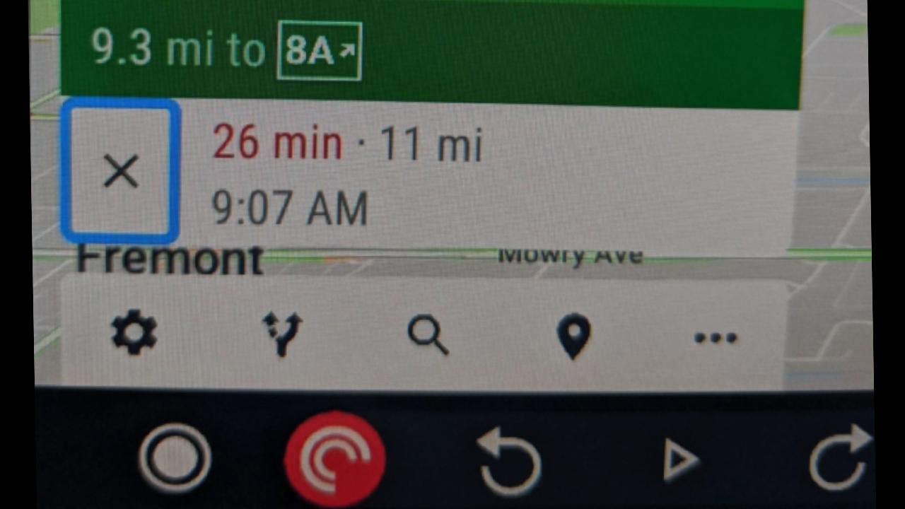 Android Auto için Google Haritalar yeni düğmelere kavuştu.