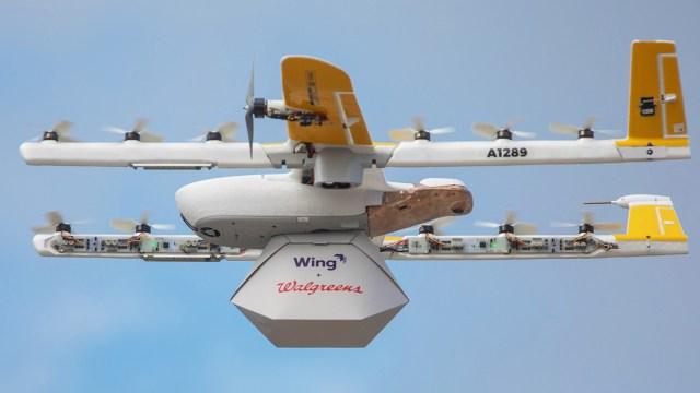 Drone ile kargo teslimatı başladı