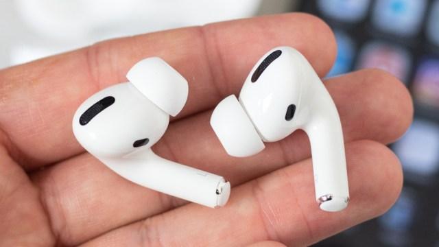AirPods Pro satışları Apple'ın yüzünü güldürüyor - ShiftDelete.Net