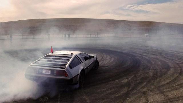 Elektrikli DeLorean