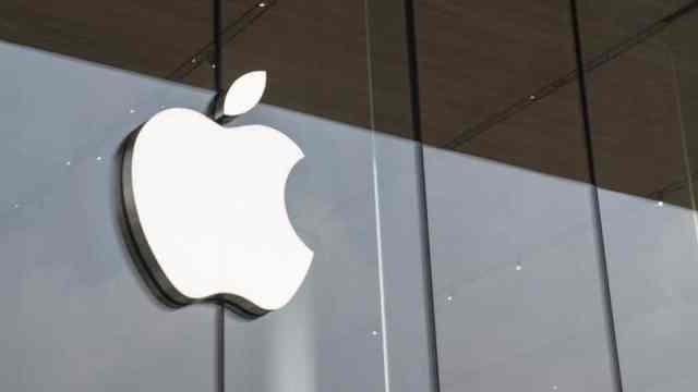 Apple ve Broadcom