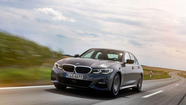 2021 BMW 3 Serisi hibrit modeller için müjdeli haber!