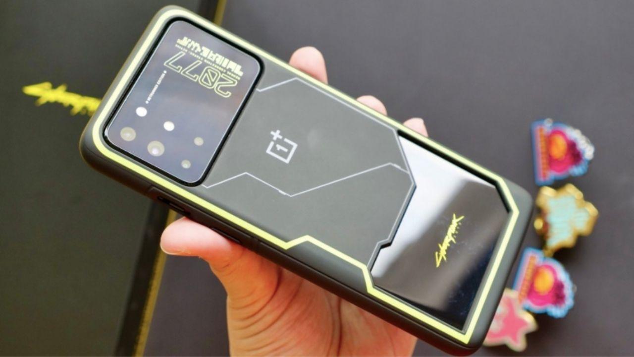 OnePlus-8T-Cyberpunk-2077-surumu-00