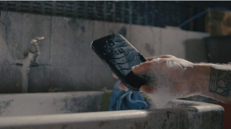 antibakteriyel telefon modeli CAT S42