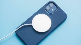 iPhone 12 Pro parçalarına ayrıldı, MagSafe ortaya çıktı!