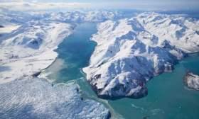 Kuzey kutbundaki buzullar erken erimeye başladı