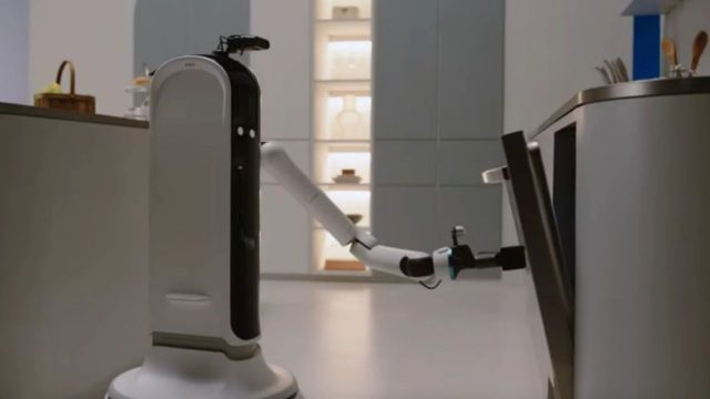 ev robotu Samsung Bot Hardy