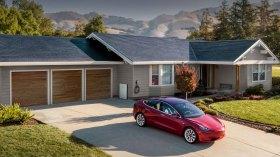 """Elon Musk'tan Solar Roof itirafı! """"Önemli hatalar yaptık"""""""