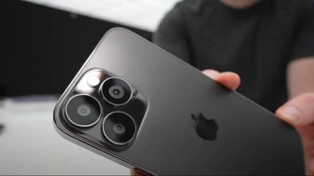 iPhone 13 Pro yüksek çözünürlüklü görüntülerle sızdırıldı